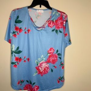 NEW Rose crisscross front top